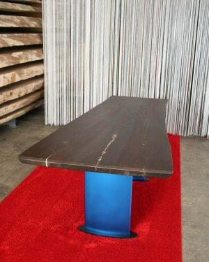 Baumtisch Mit Blitzeinschlag