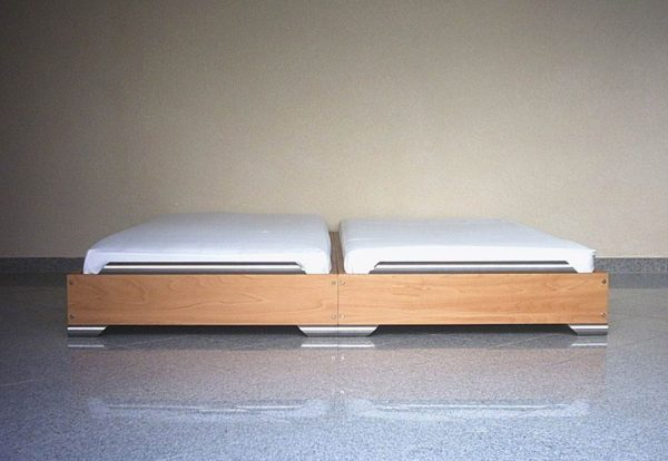 Stapelbetten Nebeneinander